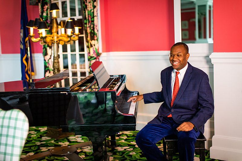 Gil at the piano in the Grand Pavilion at the Grand Hotel, 2020.